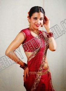 Bollywood Actress MonaLisa Hot Photos