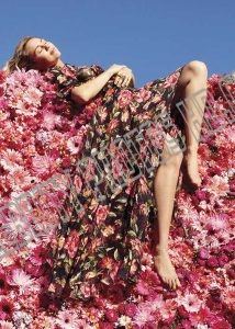 Miley Cyrus Magazine Photos (3)