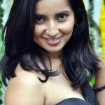 Hottest actress Rishika singh photos