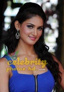 Indian Hot actress Mukti Mohan (1)