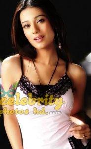 Bollywood Actress Amrita Rao New Photos (5)