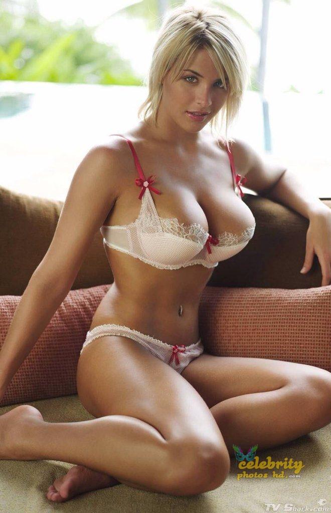 Hollywood Actress Gemma Atkinson Bikini Photo (2)