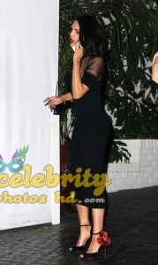 Eiza Gonzalez Candids in Torn Jeans in Los Angeles Photo (3)