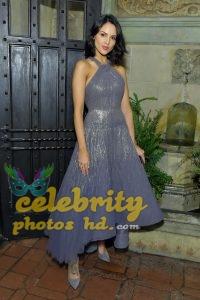 Eiza Gonzalez Candids in Torn Jeans in Los Angeles Photo (4)