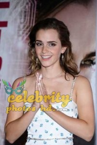 Emma Watson at the Premiere of The Circle in Paris (2)