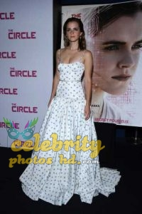 Emma Watson at the Premiere of The Circle in Paris (3)