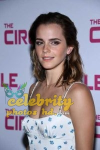 Emma Watson at the Premiere of The Circle in Paris (6)