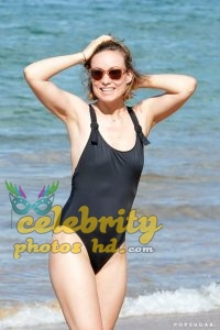Hollywood Actress Olivia Wilde Hawaii November 2017 (6)