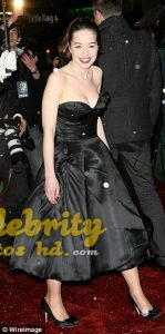 Hollywood Cute Actress ANNA POPPLEWELL (1)