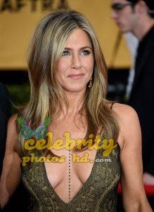 Jennifer Aniston at 21st Annual Screen Actors Guild Awards in LA (1)