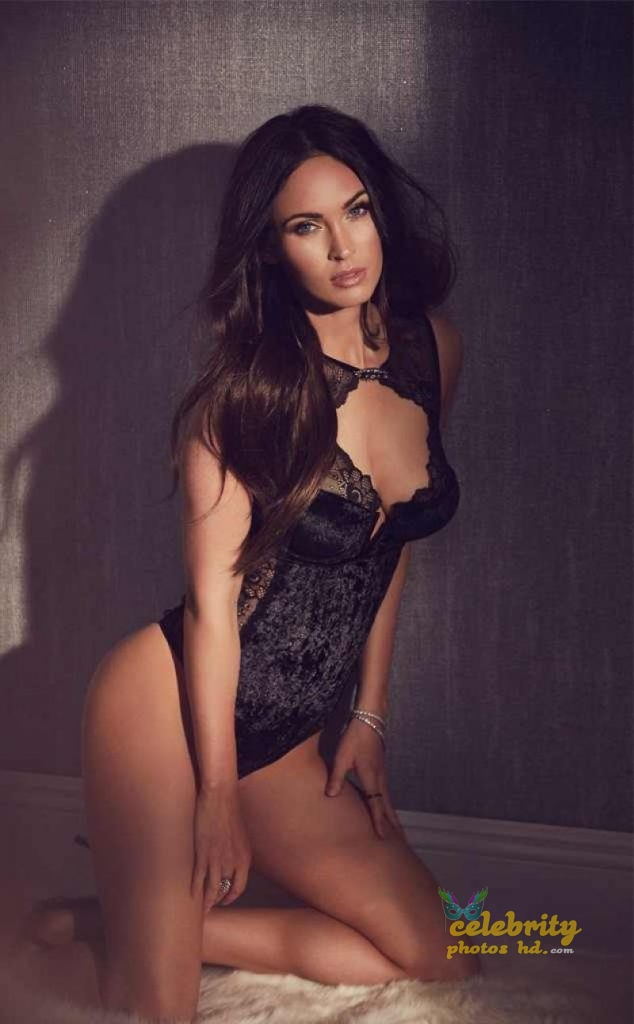 Megan Fox Hot Photo (1)