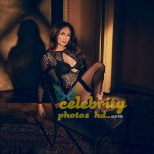 Megan Fox in Fredericks's of Hollywood Lingerie Photoshoot (6)