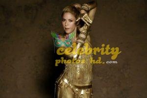 Shakira Perro Fiel Video Gold Body Paint (3)