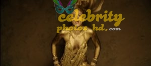 Shakira Perro Fiel Video Gold Body Paint (5)