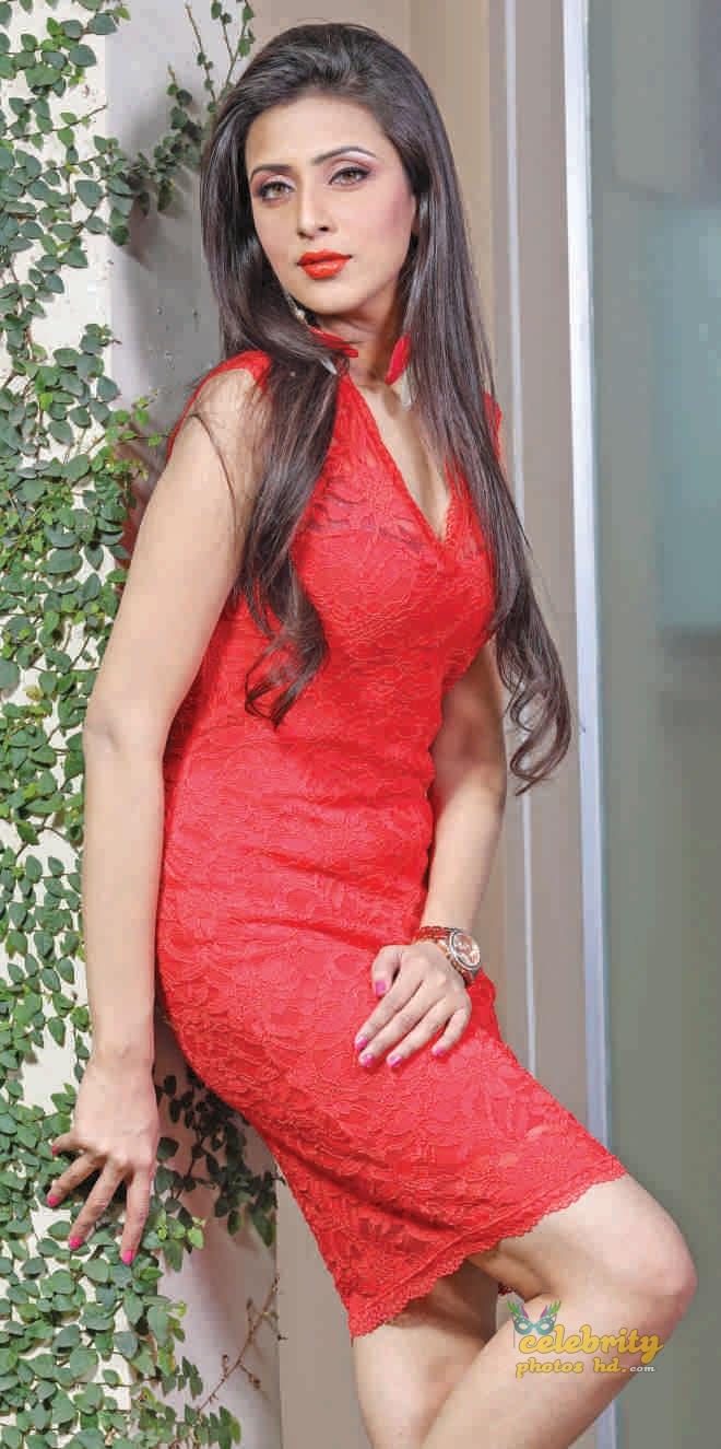 Bangladeshi Super Model Bidya Sinha Mim (3)