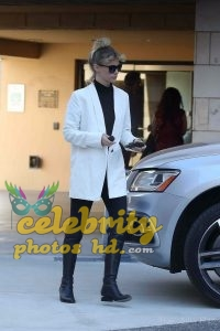 JANUARY JONES Out and About in Los Angeles (2)