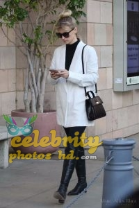 JANUARY JONES Out and About in Los Angeles (4)