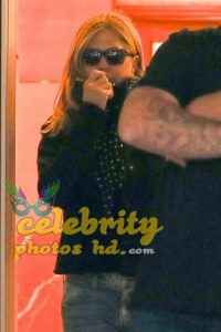 JENNIFER ANISTON Out Shopping in Los Angeles photo's (5)
