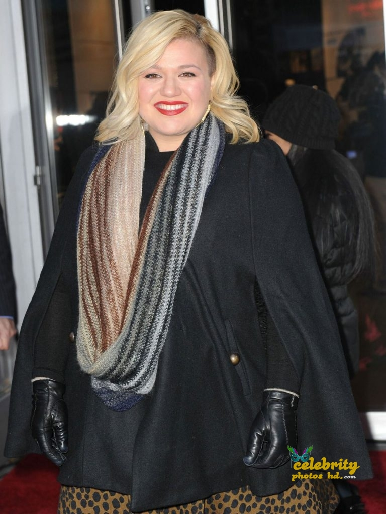KELLY CLARKSON at Citizen Watch Company Store Opening