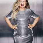 KELLY CLARKSON in Redbook Magazine, December/January 2017/2018