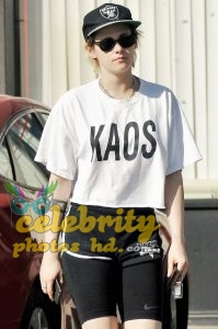 KRISTEN STEWART Out and About in Los Angeles (1)