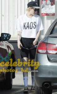 KRISTEN STEWART Out and About in Los Angeles (2)