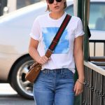 OLIVIA WILDE Photo's in Jeans Out in Los Angeles-02/05/2018