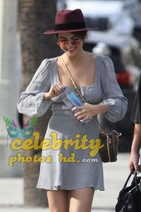 SELENA GOMEZ Out in Los Angeles (2)