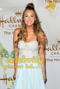 The Hot Beauty of Hollywood Actress Alexa Vega Off Screen Photo's (3)